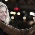 Un quai de gare, une mère interprétée par Catherine Deneuve, sa fille, une chanson qui parle d'amour : cela ressemble à s'y méprendre à un film de Jacques Demy.