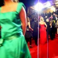 Quand on pense au Festival de Cannes on pense tapis rouge &#8211; monte des marches du Palais  photographes du monde entier ! Limage maitrise (ou pas) des stars, les...